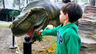 Влог Живые динозавры в Киеве, ВДНХ Living Dinosaurs Vlog Видео для детей