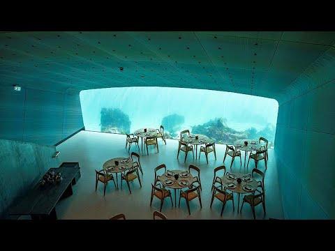 العرب اليوم - شاهد: مناظر طبيعية بأول مطعم تحت الماء في أوروبا