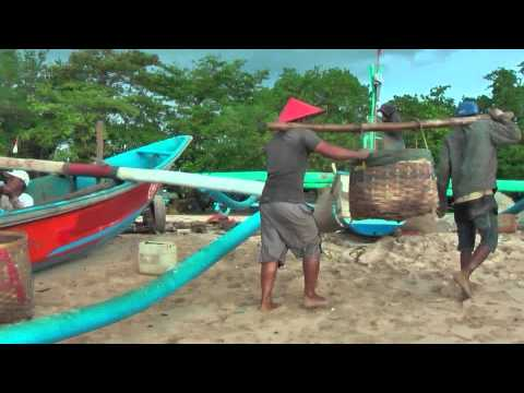 The fishermen of Jimbaran (Bali), living and working on the beach (Indonesia)