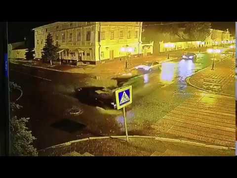 Жёсткое столкновение на перекрёстке в Елабуге