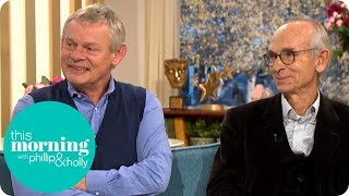 Martin Clunes Meets The Real Doc Martin Responsible For The Shows Clever Storylines| This Morning