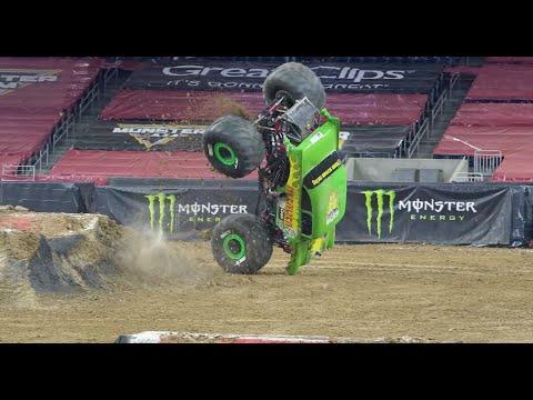 Monster Jam 2021 ヒューストン TX ハイライト動画
