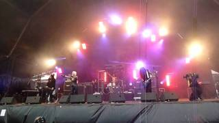 Doro - All We Are (@ Hellfest - 19/06/2011)