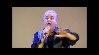 """Paolo Cuccaro canta Battiato """"centro di gravità permanente"""""""