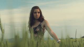 Video Janko Kulich & Kolegium - Mala si (Official Videoklip)