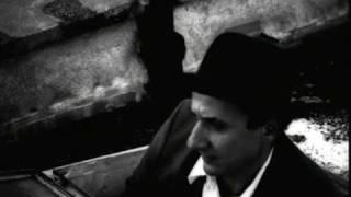 """Toufic Farroukh: """"Lili S'en Fout"""" Official Video Clip"""