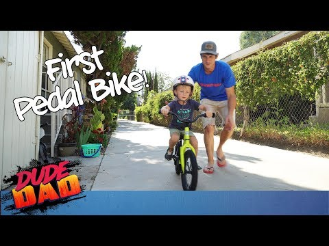 Toddler attempts to skip training wheels! | Dude Dad