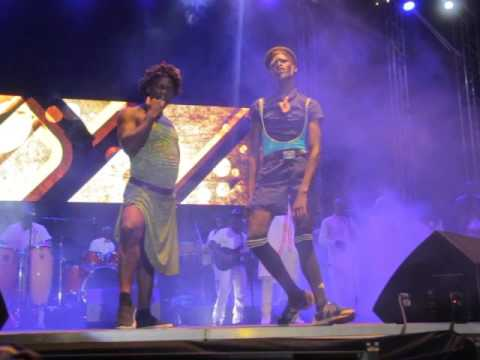 King Kong & Manala Performing Mariaroza at [Mbilo Mbilo Concert]