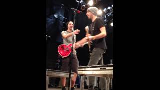 Poppin Champagne - All Time Low Live @ Soundcheck