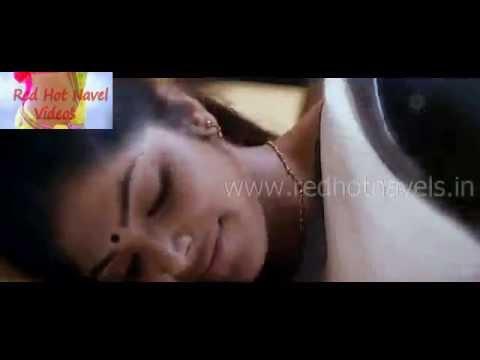 Hot malayalam actress enjoying her lover kissing on