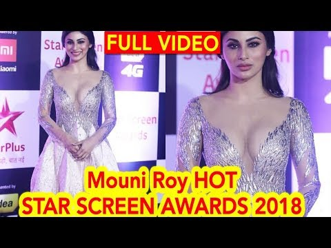 Mouni Roy HOT LOOK at Star Screen Awards 2018 LIVE | Salman Khan Mouni Roy Akshay Kumar Jacqueline