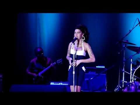 "Amy Winehouse - ""Boulevard of Broken Dreams"" (cover) HD @ Arena Anhembi, São Paulo, Brazil"