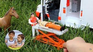 Большая Скорая помощь Bruder Ambulance 02536 МВ Sprinter Видео про #машинки #Брудер