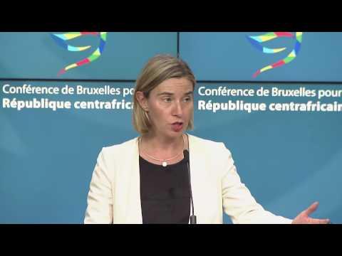 Mogherini lors de la conférence de presse de la Conférence pour la République centrafricaine