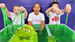 SLIME BAFF TOY CHALLENGE GAME!! Hotel Transylvania 3 | Toys AndMe