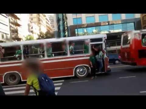 """""""Cruce de hinchadas - River Plate vs Atlético Nacional de Medellín - Copa Sudamericana"""" Barra: Los del Sur • Club: Atlético Nacional • País: Colombia"""