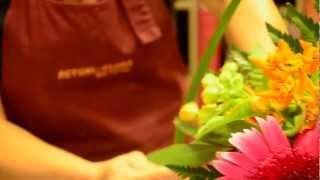 preview picture of video 'Fleuriste Torcy Noisiel Lognes 77 - Actuel Flors'