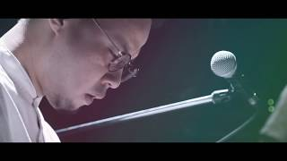 "toconoma ""underwarp"" (Live Music Video)"