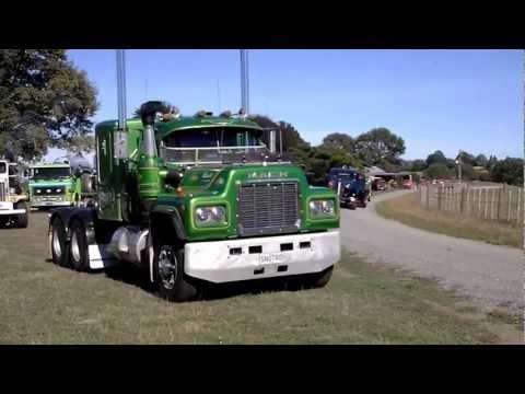 classic trucks  24 03 2013 matamata nz