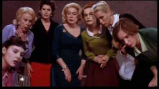 8 Women (2002) Video