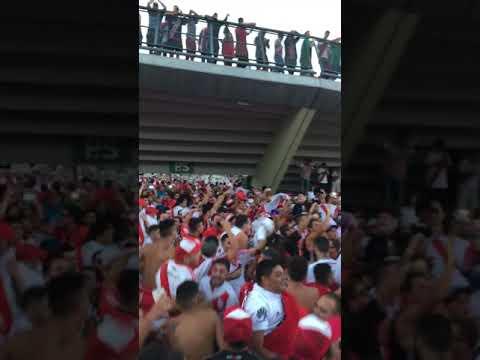 """""""Esta es la banda loca del millonario! LBDT 2018"""" Barra: Los Borrachos del Tablón • Club: River Plate • País: Argentina"""