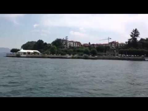Ranco in barca vista dal lago