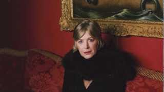 Marianne Faithfull - Want to buy some illusions (live)