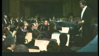 Gergiev conducts prelude to Khovanshina 1991