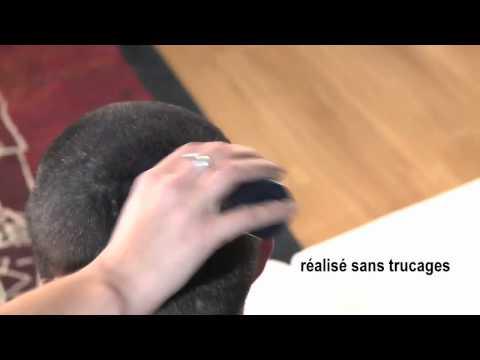 Die Behandlung des Haares der Blondinen