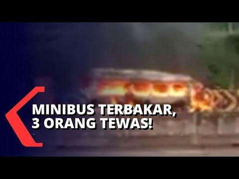 minibus terbakar setelah tabrak truk orang tewas penumpang lainnya selamat