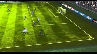 FIFA 14 na tabletu - hustej gól