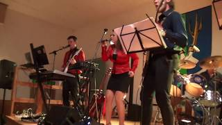 Video Bonesaver - Máma táta - Hudba Praha cover