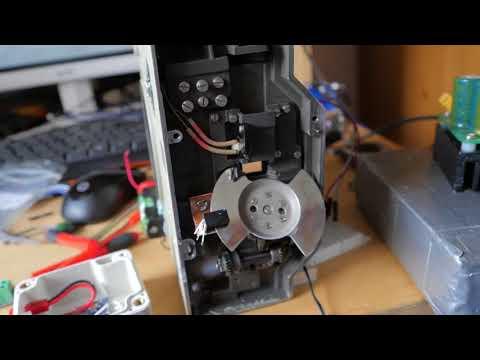 Miernik elektryczny, z którym nie jest konieczne, aby dokonywać pomiarów