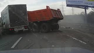 Придурки на дороге, приколы на дороге 2018 4