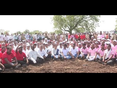 Government Officials Take Up Tools for Watershed Development (Marathi)