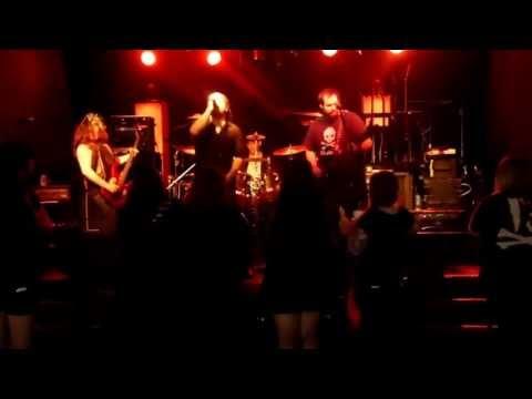 EViL ME Live @ THE VCLUB 5.19.13!