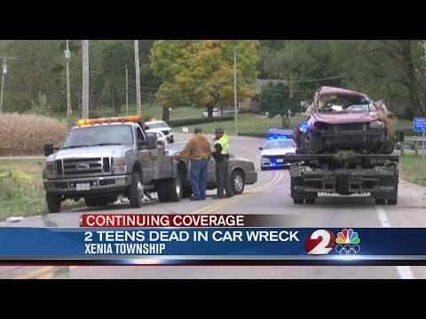 2 teens killed in crash