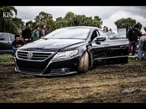 Awd Vs Fwd Volvo S60 R Rescues Vw Passat Cc From The Mud
