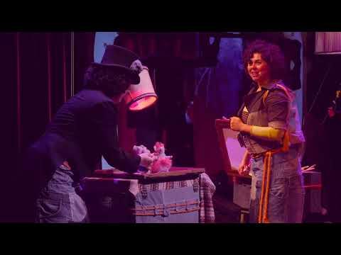 """Alice in Wonderland in theater Dronten: """"Vooral geschikt voor stoere kinderen"""""""