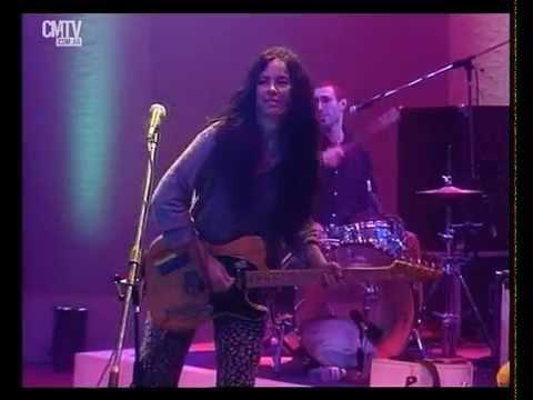 Celeste Carballo video Desconfío - CM Vivo 1997