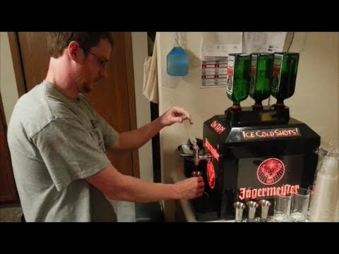 Kühlschrank Jägermeister : Jägermeister mini freezer kühlschrank gefrierschrank liter