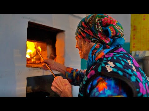 , title : 'The Last OLD BELIEVER in Bashkir-Tatar village. Russia nowadays life