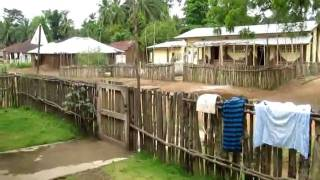 preview picture of video 'Mainstreet Mapaki - Sierra Leone'