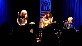 "Antigone Rising - ""Avalanche"" (Official Acoustic Trio Live)"