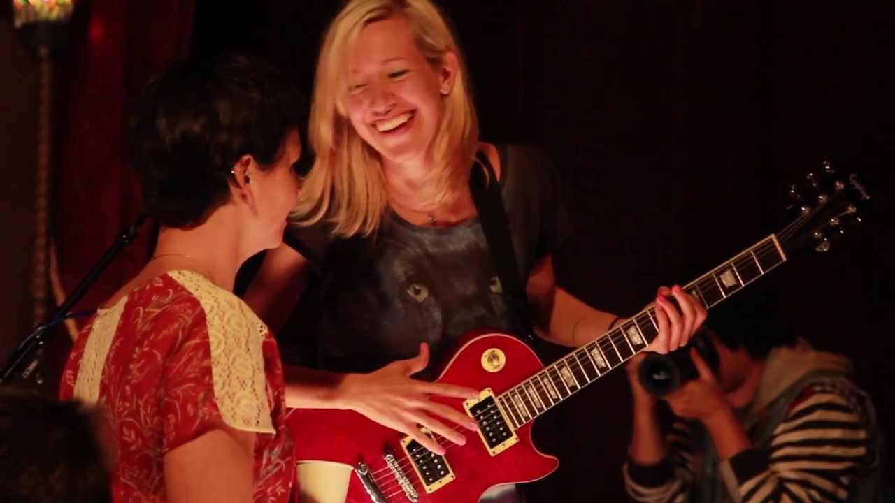 Miriam Speyer Feat. Kelly McFarling & Elizabeth Go