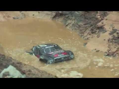 RC Traxxas Slash 4×4 / Jammin SCRT10 Bashing, Racing