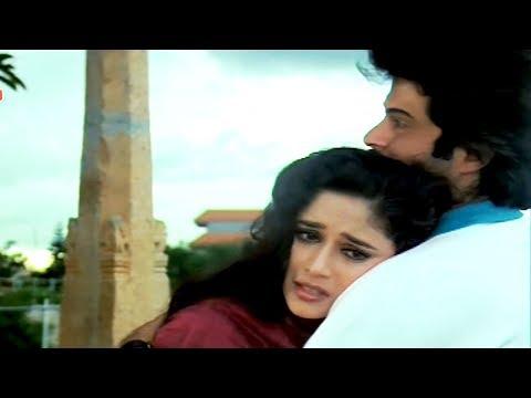 Madhuri Dixit's emotional story   Tezaab   Emotional Scene 12/20