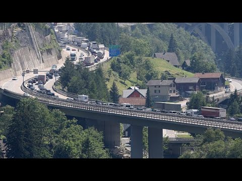 Κυκλοφοριακό κομφούζιο στην Κεντρική Ευρώπη λόγω διακοπών…
