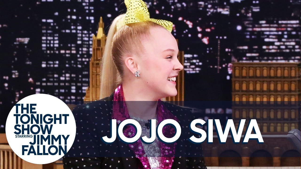 JoJo Siwa on Grabbing Justin Bieber's Attention and Her Signature Bows thumbnail