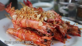 Rakhine SEAFOOD Feast in Yangon, Myanmar - Tiger Prawns BBQ and Delicious Crab!